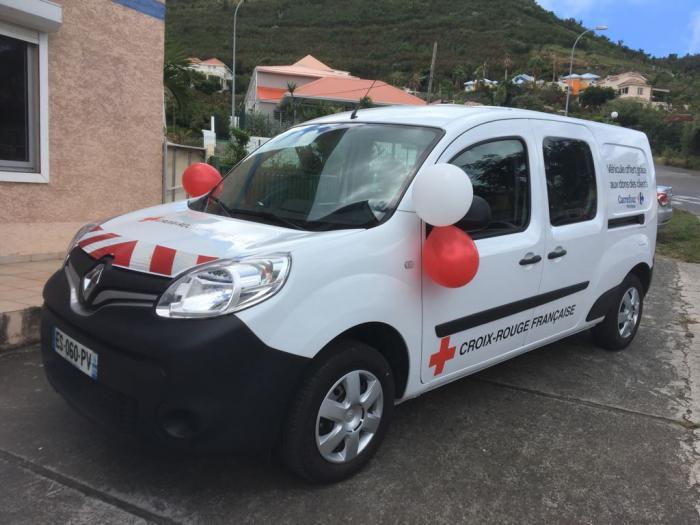 """Saint-Martin : la Croix-Rouge bénéficie d'un nouveau """"Bus Santé"""""""