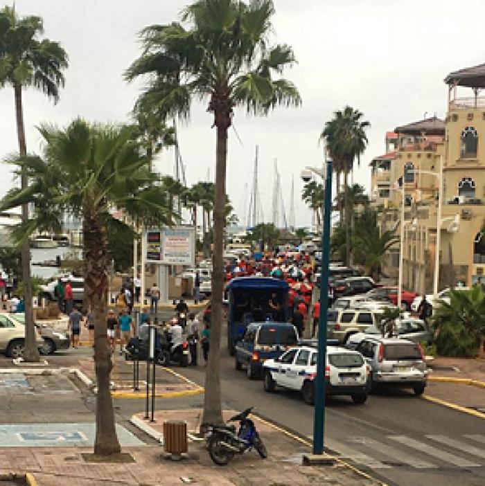 Saint-Martin : une journée de grève générale avant deux visites officielles