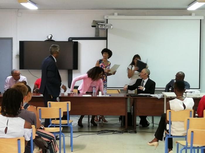 """Six établissements reçoivent la distinction """"école du bonheur"""""""