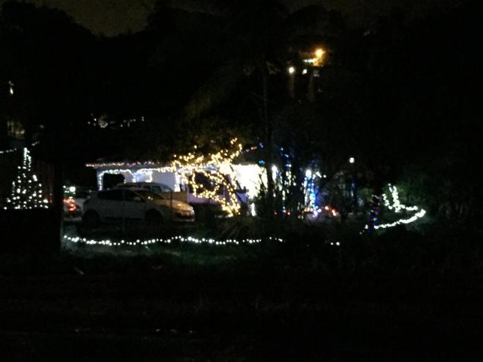 Sur la route du François, sa maison illuminée attire les regards