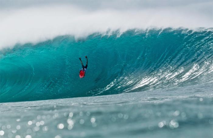 Surfeur disparu à Sainte-Rose : les opérations continuent