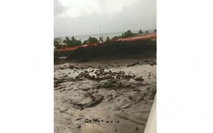 Tempête KIRK : sirène déclenchée au Prêcheur à la suite d'un lahar