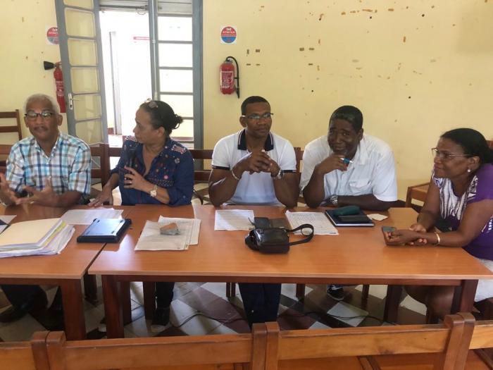 Tensions autour du non renouvellement des agents scolaires