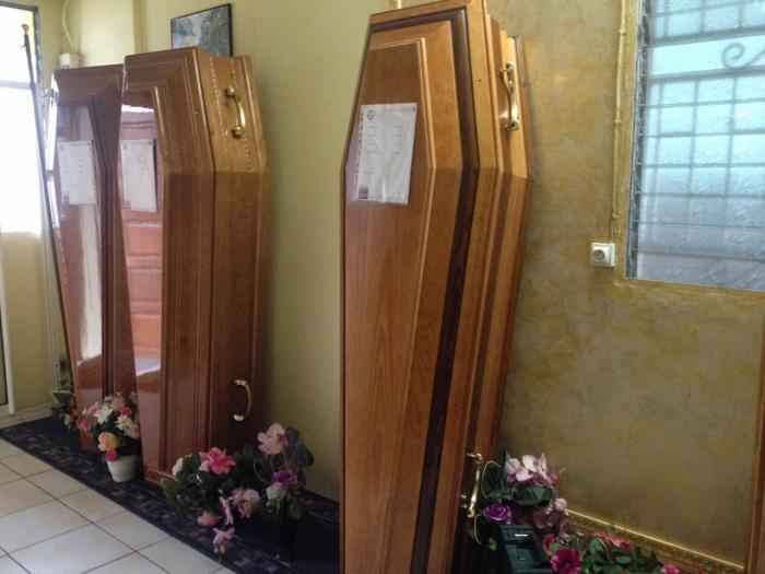 Toussaint : 50 entreprises exercent dans le domaine funéraire en Martinique