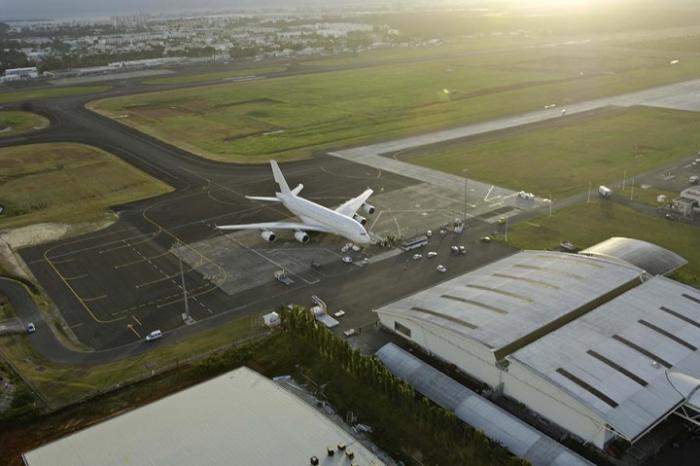 Trafic quasi stable à l'aéroport Pôle Caraïbe