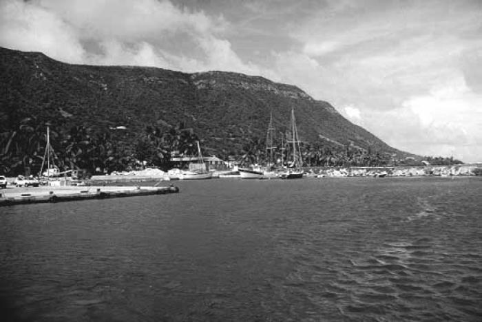 TRANCHES D'HISTOIRES : l'île de la Désirade