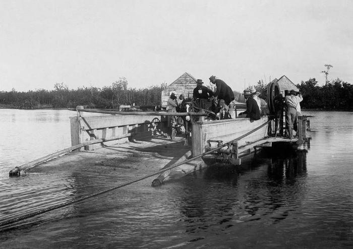 """TRANCHES D'HISTOIRES : un pont nommé """"Gabarre"""""""