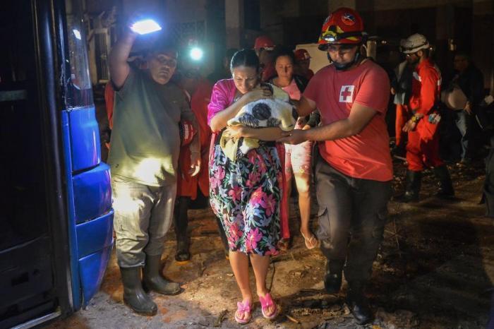 Trois morts après le passage d'une tornade à Cuba