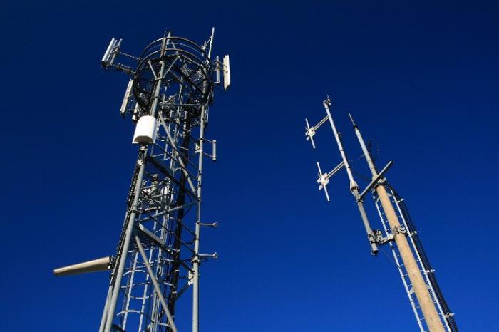 Trois opérateurs de téléphonie mobile sanctionnés par l'ARCEP