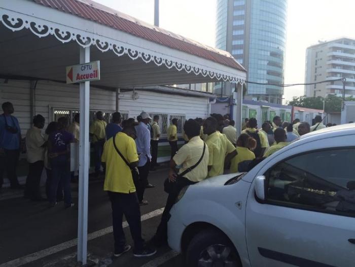 Troisième jour de grève : aucun bus MOZAIK ne circule ce mercredi