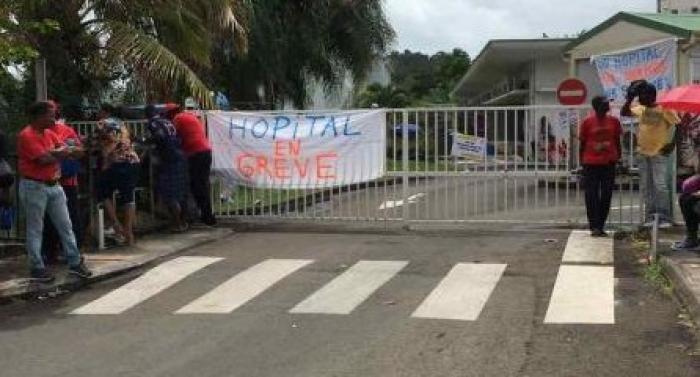 Troisième jour de grève du personnel de l'hôpital de Trinité