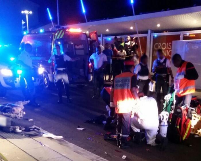 Un accident de moto à Sainte-Thérèse fait 3 blessés graves