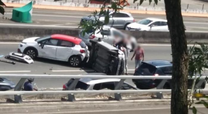 Un accident sur l'autoroute fait 3 blessés légers