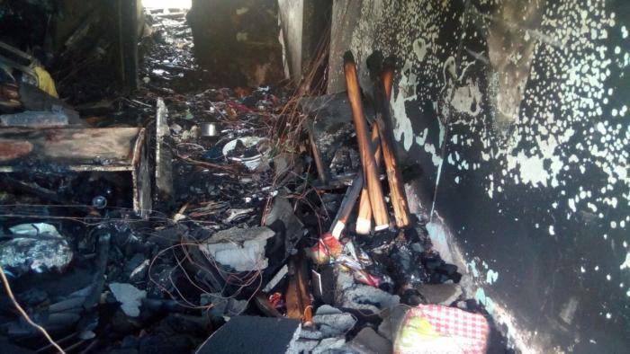 Un appartement détruit par les flammes à Fort-de-France