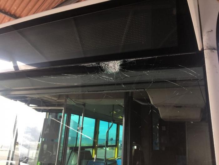 Un chauffeur du réseau Mozaïk blessé suite au caillassage de son bus