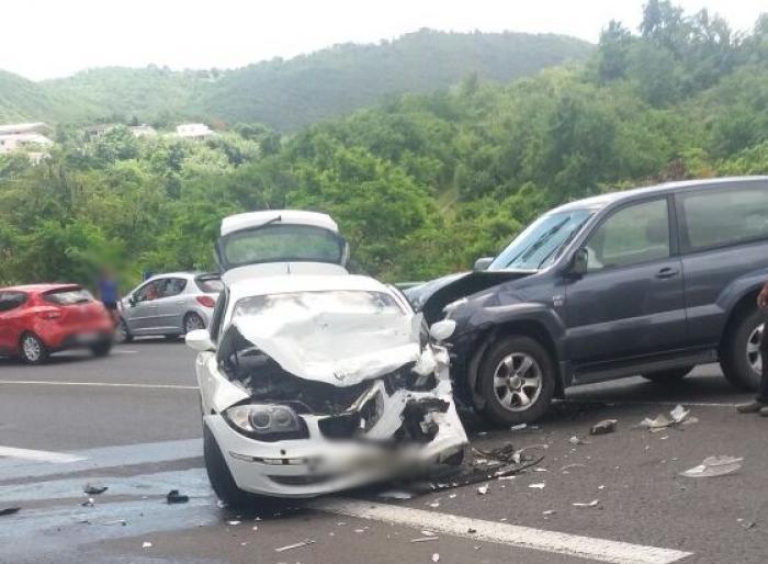 Un choc frontal entre deux véhicules à Sainte-Luce fait deux blessés