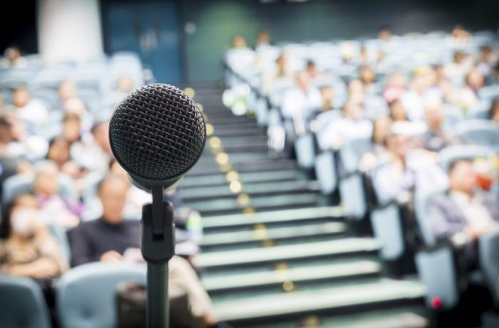 Un cycle de conférences pour l'insertion des doctorants