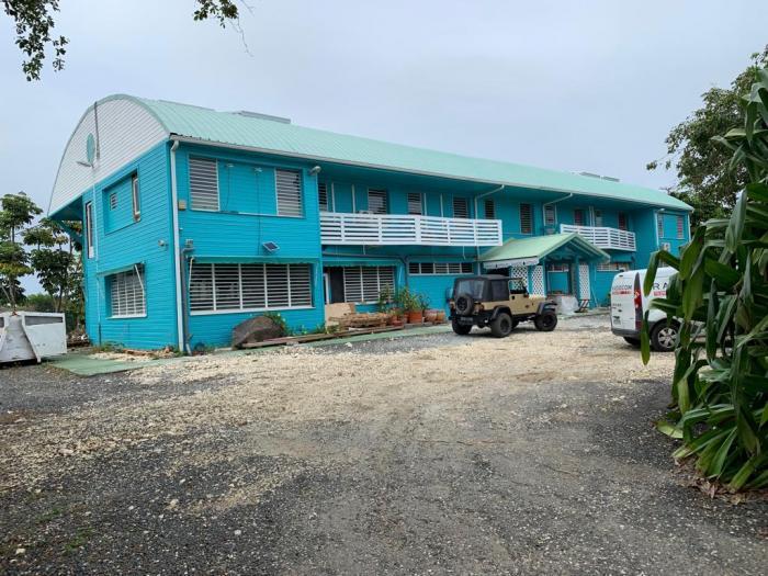 Un hangar pharmaceutique transformé en hôtel