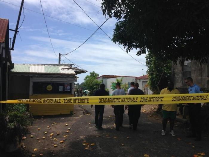 Un homme aurait tué sa cousine par arme blanche à Petit-Bourg