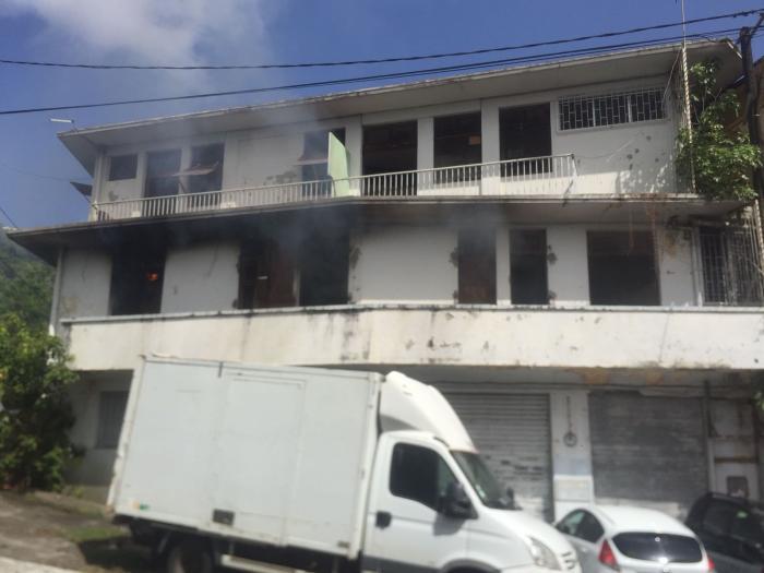 Un incendie maîtrisé dans une maison à Fort-de-France