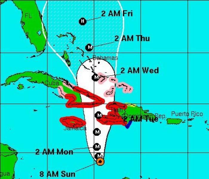 Un étudiant martiniquais en Jamaïque se prépare au passage de Matthew