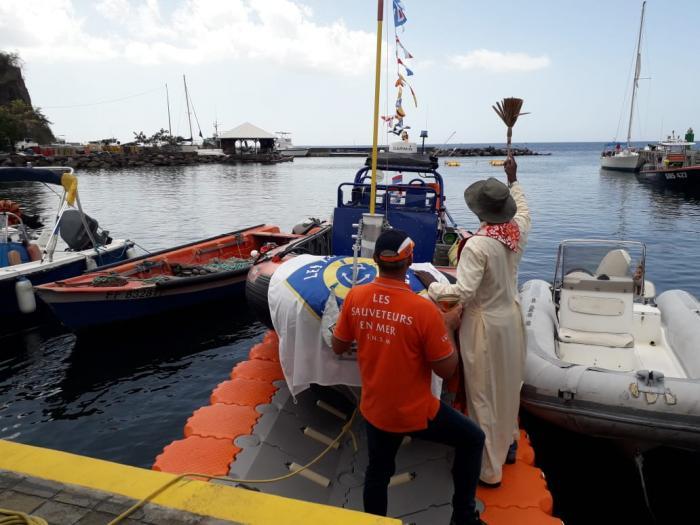 Un nouveau bateau pour le SNSM de Case-Pilote