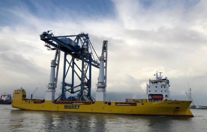 Un nouveau portique sur le port de Jarry