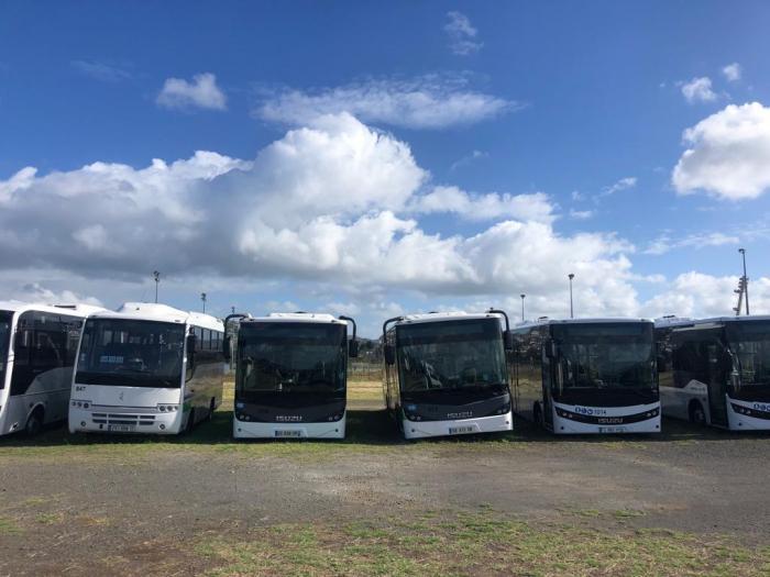 Un sous-traitant du réseau Mozaïk découvre 17 de ses bus avec les pneus crevés