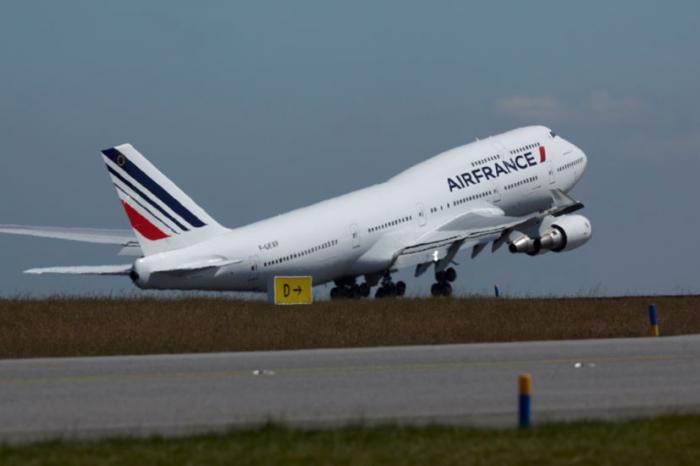 Une cinquantaine de passagers cloués au sol par un pilote d'Air France