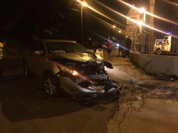 Une collision entre une voiture et une moto fait deux blessés à Sainte-Marie