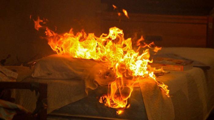 Une femme brulée à Bouillante : son ami interpellé