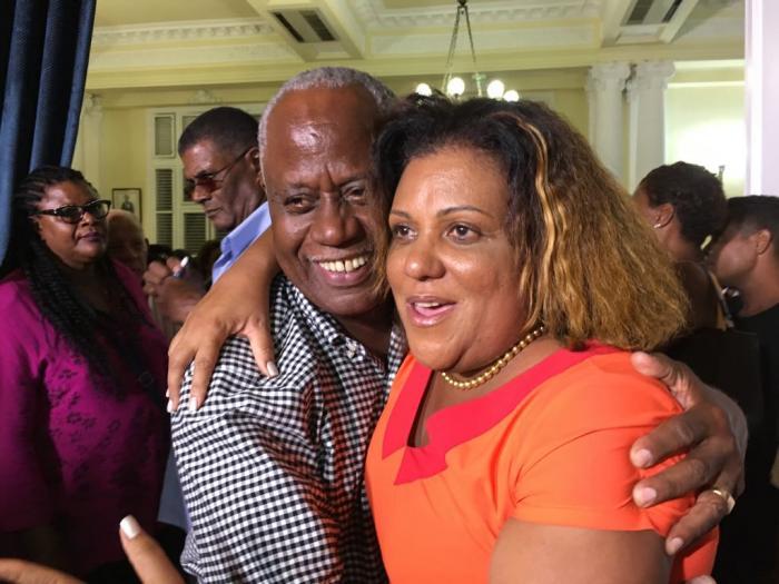 Une femme et un homme, portrait des sénateurs de Martinique