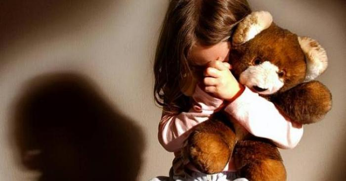 Une fillette décède: la belle-mère suspectée