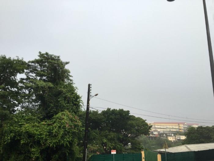 Une onde tropicale traverse la Martinique, une deuxième est attendue vendredi