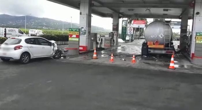 Une voiture percute un camion-citerne dans la deuxième station-service de l'aéroport