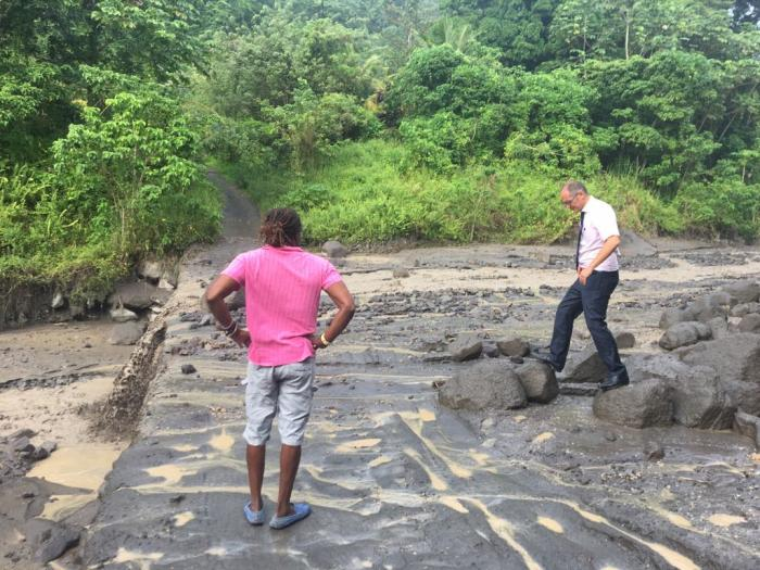 Visite de reconnaissance au Prêcheur après les coulées de boue volcanique
