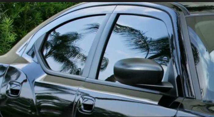 Vitres teintées : un automobiliste l'emporte devant le tribunal